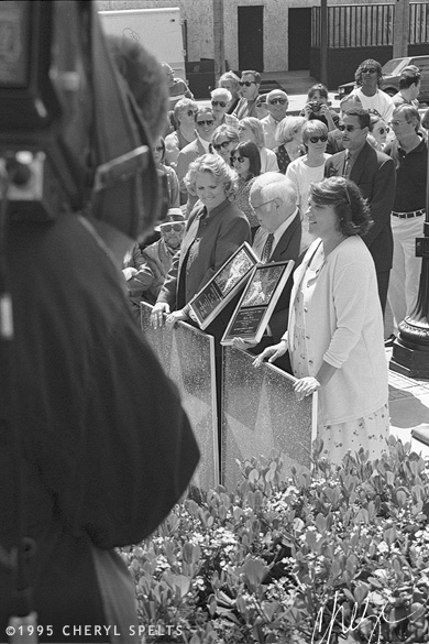 Sharon Gless and Tyne Daly with Johnny Grant // Photo: Cheryl Spelts