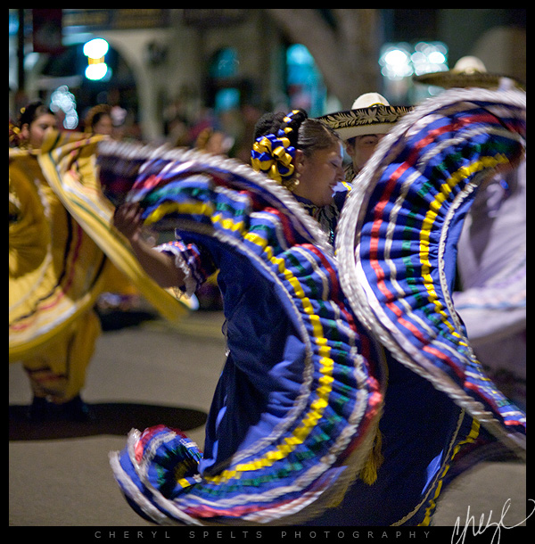Mexican Dancers, Fallbrook Christmas Parade